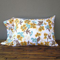 idlewild: dogwood bloom pillowcases - pair - view this item on our website for more information + purchasing availability: http://redinfred.com/shop/category/free-shipping/idlewild-dogwood-bloom-pillow-case/