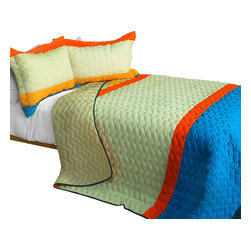 Blancho Bedding - Lovers in Prague 3PC Patchwork Quilt Set  Full/Queen Size - The [Lovers in Prague] 100% TC Fabric Quilt Set (Full/Queen Size) includes a quilt and two quilted shams. This pretty quilt set is handmade and some quilting may be slightly curved. The pretty handmade quilt set make a stunning and warm gift for you and a loved one! For convenience, all bedding components are machine washable on cold in the gentle cycle and can be dried on low heat and will last for years. Intricate vermicelli quilting provides a rich surface texture. This vermicelli-quilted quilt set will refresh your bedroom decor instantly, create a cozy and inviting atmosphere and is sure to transform the look of your bedroom or guest room. (Dimensions: Full/Queen quilt: 90.5 inches x 90.5 inches; Standard sham: 24 inches x 33.8 inches)