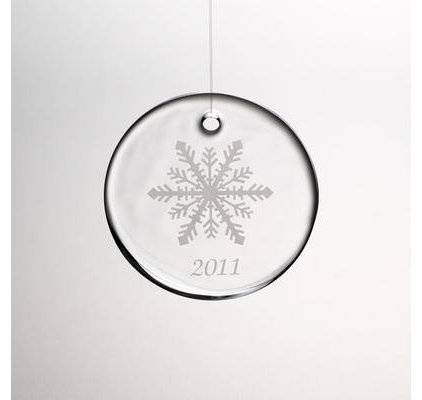 modern holiday decorations by Simon Pearce
