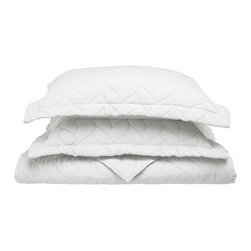 Ashley Quilt Set - Twin - White - The Ashley Quilt Set augments any bed room with a refreshing new look. In addition to it's aesthetics it offers boundless comfort and a rejuvenating sleep. Endless comfort and satisfaction at an affordable price. Each Set includes (1) Quilt: 68x86 and (2) Pillowshams: 20x26 each.