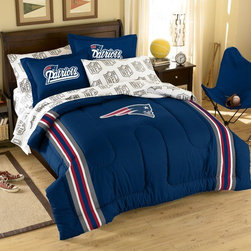 Northwest Co. - NFL New England Patriots Bed in Bag Set - Make a proud statement in your room for your favorite NFL team with our Bed in a Bag Set. Whether game night or just another night for sleeping, the bold and large applique logo stands out against the solid color background and team color accented stripes, making quite the impression. Features: -Bed in a bag set- -Constructed of polyester/cotton blend. -Twin size includes 1 sham, 1 pillowcase, 1 flat sheet, 1 fitted sheet and 1 applique comforter. -Full sizes includes 2 shams, 2 pillowcases, 1 flat sheet, 1 fitted sheet and 1 applique comforter.