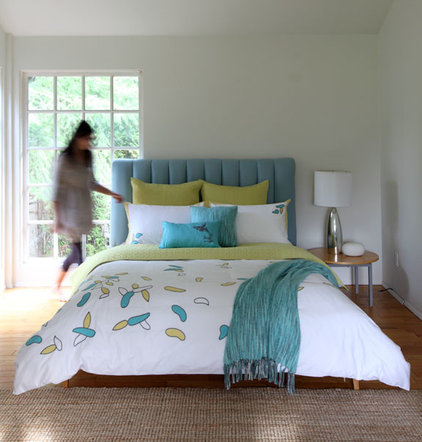 Contemporary Duvet Covers And Duvet Sets by PURE Design Inc