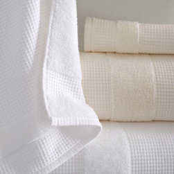 Kassatex - Kassatex Hotel Bath Towel - Treat yourself to luxury hotel style every day with these reversible towels that offer invigorating waffle texturing on one side and plush terry on the other. Select color when ordering. Combed Egyptian cotton. Feature waffle texture on one side, ter...