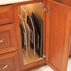 Masterpiece® - Base Wire Tray Dividers - Features & Accessories - Merillat