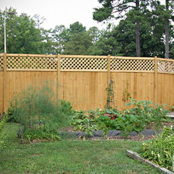 The Dublin Wood Privacy Fence - Here are images of a lattice top wood privacy fence called The Dublin.