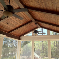 Traditional Porch by Level Team Contracting