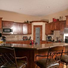Modern  by Gulling Homes LLC