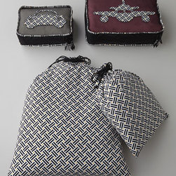 """Vera Bradley - Vera Bradley Travel Pouch Duo - Soft, lightweight, foldable, and easy to pack, these travel accessories are perfect for protecting and organizing travel essentials. Travel pouch duo includes one 18"""" x 24"""" laundry bag and one 6"""" x 12"""" shoe bag. Small packing cube has mesh front with...."""