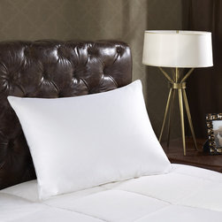 Madison Park - Madison Park Signature Luxury 1000 Thread Count Down Pillow - The 1000 Thread Count Luxury Down Pillow features premium quality down filling. The pillow is made up of down clusters that trap air to create warmth and bounces back to their original shape to retain their loft.