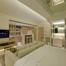 Modern Living Room by Clifton Leung Design Workshop - CLDW.com.hk