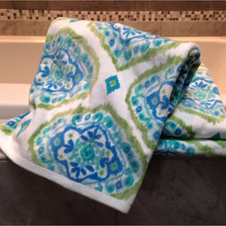 Dena Home - Dena Home Tangiers Collection Damask 3-piece Towel Set - Add a modern twist to your bathroom decor with these plush Tangiers bath towels. Crafted with plush,pure cotton,these machine washable towels feature a pretty blue and green damask pattern.