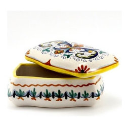 Artistica - Hand Made in Italy - RICCO DERUTA: Rectangular Jewelry Box (NEW!) - RICCO DERUTA: Artistica's Ricco Deruta is the true original version of the most celebrated Deruta's design, which traces its origins to the sixteenth century.