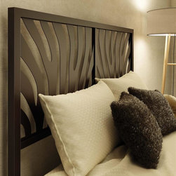 Amisco - Metal Headboard in Hammered Brown (Queen) - Choose Size: QueenContemporary style