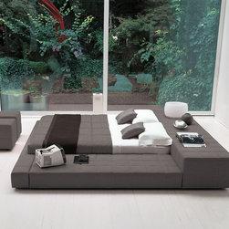 Squaring Bed by Bonaldo -