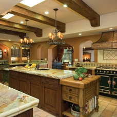 Traditional Kitchen by Gharbuilder.com
