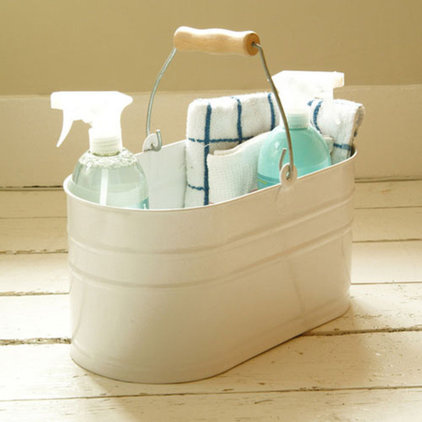 Traditional Cleaning Buckets by Garden Trading