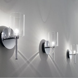 SPILLRAY WALL LAMP \ SCONCE BY AXO LIGHT - The Spillray wall lamp from Axo is an eclectic collection,