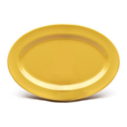 EGS - Yellow Urban Naturals 9 1/4 x 6 1/4 x 5/8 H Oval Rim Platter - Case of 6 - DescriptionsEarthen colors meet city chic in this trendsetting dinner ware collection. Urban Naturals palette will make mouths water almost as much as the cuisine you present on it