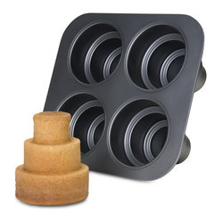 Chicago Metallic - Chicago Metallic Multi Tier Cake Pan - It's a mini wedding cake in a pan! Now you can have your own wow factor when you serve tiered cakes to your guests. But don't let on how easy it was. Just soak up the praise and look humble.