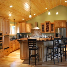 Traditional Kitchen Cabinets by Beaver Woodworks