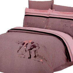 Le Vele - Le Vele - Hockey, Embroidered 6pc Duvet Cover Sheet Set , Full/Queen LE129Q - The grace of cotton meets with the elegance of Embroidery with this ensemble with hockey players embroidered on a Mauve-Pink backdrop that reverses to a solid Tan with black and dark tan stripes.