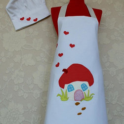 Rengarenk - This adorable kitchen set consists of a double sided reversible apron, a cute chef hat and an oven mitt.