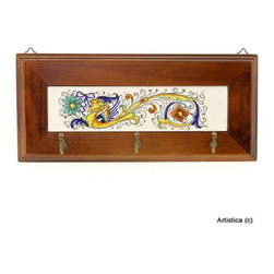 Artistica - Hand Made in Italy - DERUTA: Keys/Coat Hanger - RAFFAELLESCO Collection: Among the most popular and enduring Italian majolica patterns, the classic Raffaellesco traces its origin to 16th century, and the graceful arabesques of Raphael's famous frescoes.
