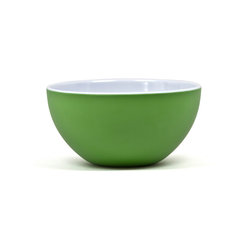"Q Squared NYC - 10"" Round Bowl Victorian - Two-Tone Kelly Green/Arctic White - Go ahead — help yourself to extra. These deliciously deep bowls can take whatever you dish out. Made of durable, heat-resistant melamine, they're white on the inside and kelly green on the outside, adding a tangy burst of color to your table."