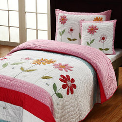 Cottage Home - Gwen 3-piece Twin-size Quilt Set - This delightful quilt completes any girl's room with lovely colors and dainty flowers. This handmade quilt will be a great addition to any home.