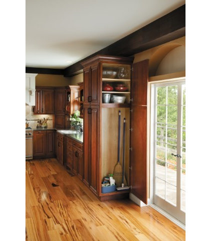 Traditional  by Absolute Kitchen And Bath