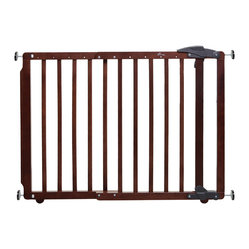 Dreambaby - Dreambaby Nottingham Gro Gate - They grow up so fast! Now that your baby's getting busy, you want a gate you can rely on. This safe, sturdy piece is perfect for  stairwells, doorways, hallways — wherever your mobile bundle of joy is bound for.