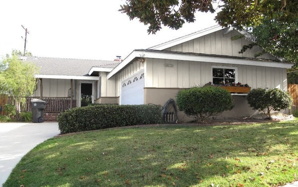 Exterior Color Scheme For 1950s Traditional Ranch House In