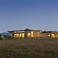 three-separate-wings-pavilion-timber-house-design1.jpg