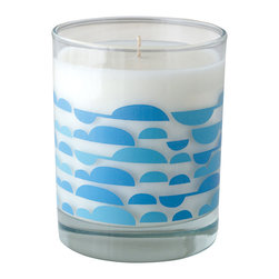 Crash - Fresh Ocean Air Fragranced Candle - Modern design and fragrance in a timeless product. Experience functional art in your home, exclusively from Crash. This candle is fragranced with the Fresh Ocean Air.