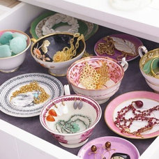 Traditional  tea cup saucer drawer