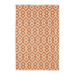 Fab Habitat - Fab Habitat - Indoor Cotton Rug - Samsara - Orange Peel & Bright White, 4' X 6' - Fab Habitat brings you a stylish collection of rugs made from recycled cotton. These handcrafted flat weave cotton rugs have subtle elegance with simple and classic designs. They are perfectly suited to bring comfort to a modern space. The rugs are made to withstand everyday use and are extremely easy to take care of. These rugs are made using sustainable practices and dyes, which are safe for the environment.
