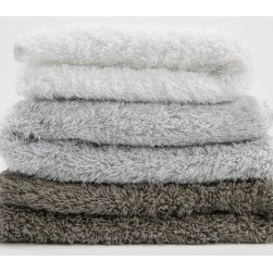 Matteo Due Shag Bath Towels - I don't think I've ever seen towels this plush! These extra thick beauties from Matteo are so luxurious; they make every day feel like a spa day.