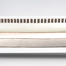 Modern Daybeds by ducduc
