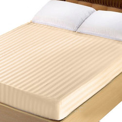 Lasin Bedding 300TC 100% Cotton Fitted Sheet, King, Peach - Made of 100% high quality cotton, our 300 thread count fitted sheets are soft and comfortable, just the way you need for a good night sleep.