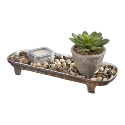Indoor/Outdoor Zen Garden Candle Centerpiece - Your home is the place you go when you want to escape the real world and real world problems for a while. It is the place you go once your work day is done, so you can relax and unwind. It is the place you go for comfort after you've had a long and busy day. For a number of people, their home is also a large piece of art and a centerpiece to their life. These are people who want to impress and amaze those who visit their home. The key to impressing guests is having a beautiful home decor. What if you could kill two birds with one stone and have a beautiful home decor piece that also made your home more relaxing? A beautiful natural zen garden candle centerpiece may be just the decor piece you've been looking for.