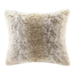 Madison Park - Madison Park Signature Snow Leopard Faux Fur Pillow - Indulge in luxury with our premium faux fur decorative pillow. The faux fur is exceptionally soft and has the warmth and texture of real fur.