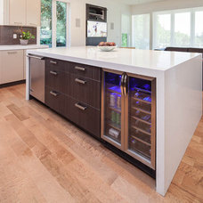 Modern Kitchen by Kitchen Craft Cabinetry Vancouver and Victoria