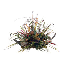 Rustic Horn Centerpiece With Feathers - Rustic Horn Centerpiece with Grapevine, Honeycombs, and Feathers.