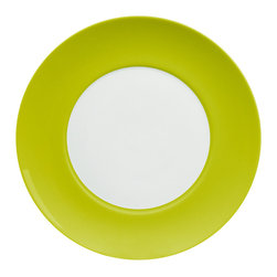 Waechtersbach - Uno Set of 4 Dinner Plates Mint - Go bold on your table with a set of four porcelain banded dinner plates. The colors look great when mixed and matched with other patterns, and you can't go wrong with the classic combination on its own. It's a timeless look that complements every meal.