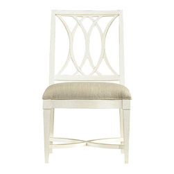 Coastal Living Resort Heritage Coast Dining Side Chair - Introduce the Coastal Living Resort Heritage Coast Dining Side Chair to your home to give it a stylish touch. Designed by Custom Furniture World, it will surely spruce up the living space by adding a hint of elegance to it.