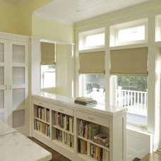 Home Decor / bookshelves instead of a railing ~ nice idea