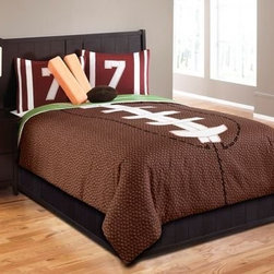 Hallmart Kids 43667 5-Piece Touchdown Comforter Set, Brown/Green, Twin - No player ever made it to MVP status on a lack of sleep. Beneath this cozy comforter is the perfect place to catch some ZZZs.