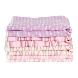 Imabari Towels - I am in love with these Imabari Towels from Japan. They'd be exquisite against the weathered wood of an outdoor shower or in an all-white, tiled bath.