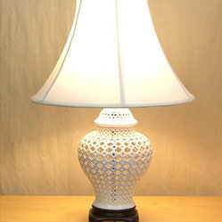 Openwork White Lace Porcelain Table Lamp