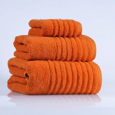 Modern Towels by Cressina